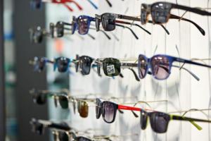 gallerie-weiss-sonnenbrillen